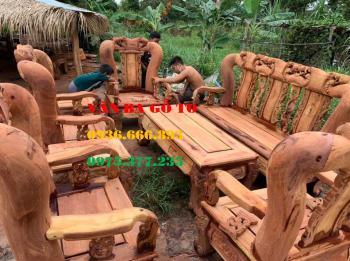 Bàn ghế gỗ tại Hà Nội