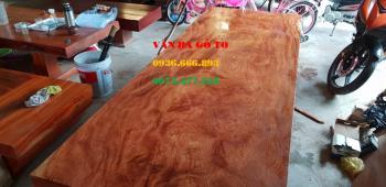 Mặt bàn gỗ tại Cà Mau