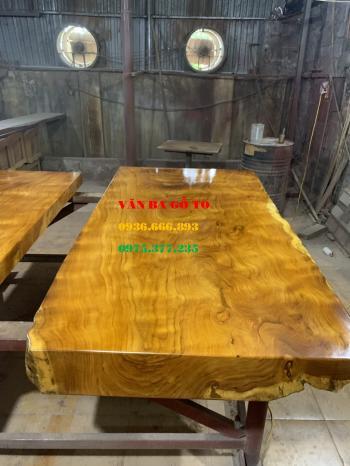 Mặt bàn gỗ nguyên tấm tại Vũng Tàu