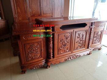 Kệ tivi gỗ VIP tại Quảng Ninh